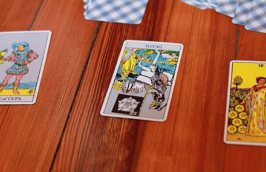Las cartas invertidas en el Tarot