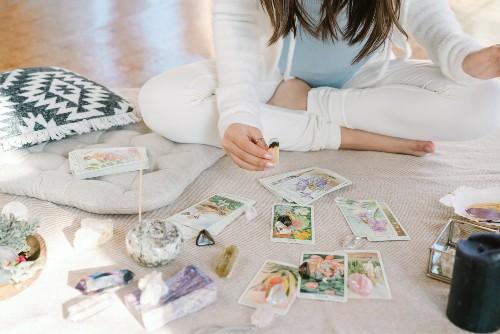 Limpiar las cartas de tarot