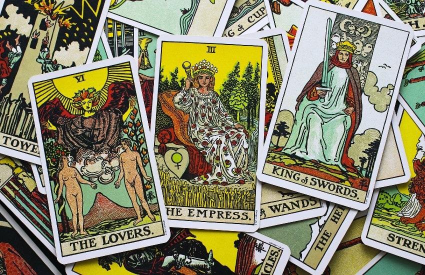 El significado de los colores en las cartas del tarot